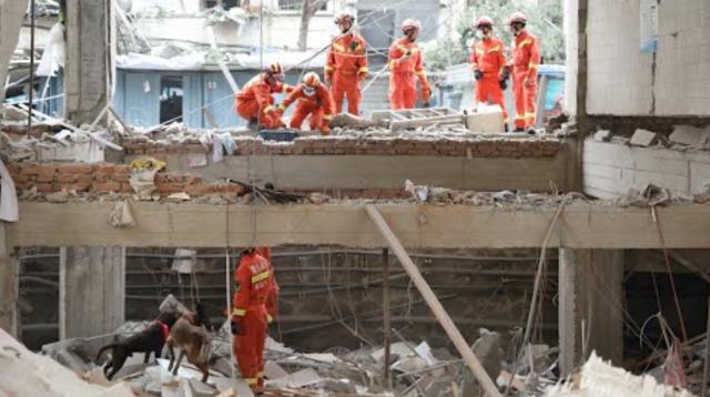 Най-малко 12 души са загинали при мощен взрив в Китай