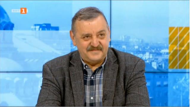 Проф. Кантарджиев с  негова версия за колективния имунитет