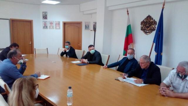 Областният кризисен щаб  в Плевен за борба с COVID-19 се събра на заседание днес