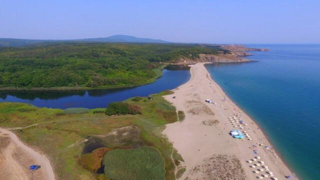Готвят промени в закона - пълна забрана за строителство в 100-метровата зона по брега