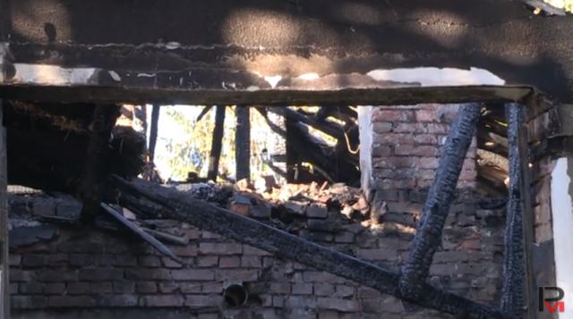 Газова бутилка взриви къща в Бъзън, местните започват кампания в помощ на семейството (ВИДЕО)