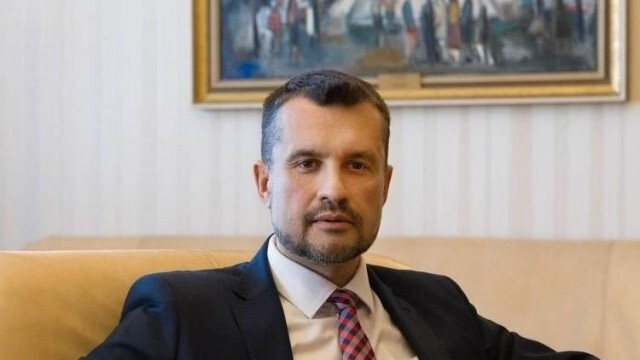 Началникът на кабинета на Румен Радев напуска
