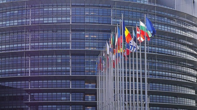 Европарламентът отново чака за изслушване българските власти