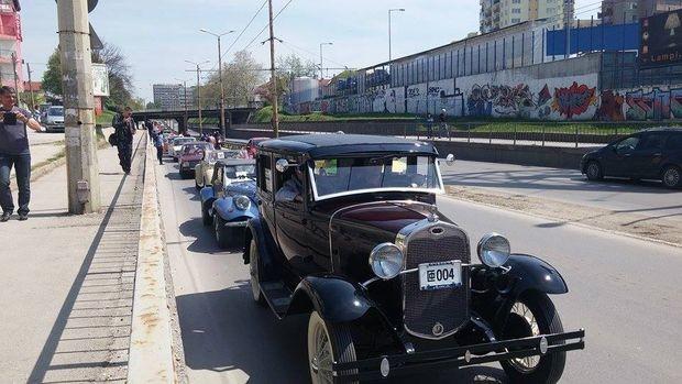 Русе: Ретро парадът на коли и мотори се задава, шоуто ще обиколи града, вижте програмата