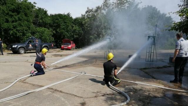 Силистренските огнеборци спечелиха първото място в състезание по пожароприложен спорт