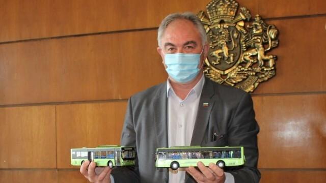 Подписан е договорът за доставка на 14 нови електробуса в Плевен