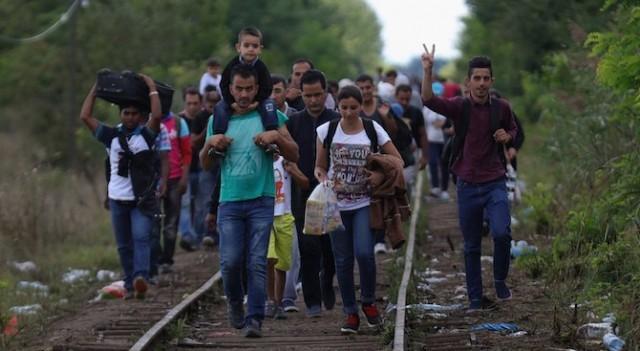 Европейската тристранка: Европа застарява, бежанците раздвижват трудовия пазар