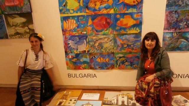 """Плевен: Арт школа """"Колорит"""" с 25 отличия от международна среща в Португалия"""