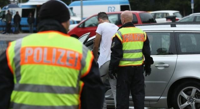 Черногорец с много оръжие за Париж задържан в Германия в четвъртък