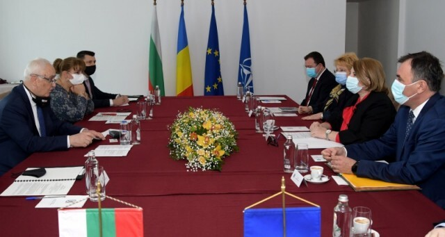 В Русе подписаха натовско споразумение между Румъния и България за охрана на въздушното пространство