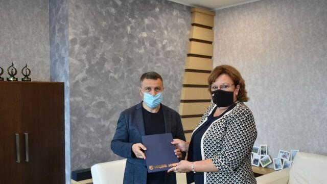 Кметът на Ловеч благодари на един от големите дарители на ловешката болница