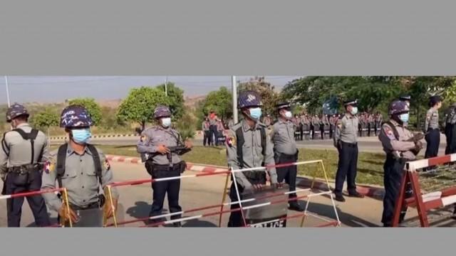 Военните взеха властта в Мианмар, арестувани са президентът и премиерът