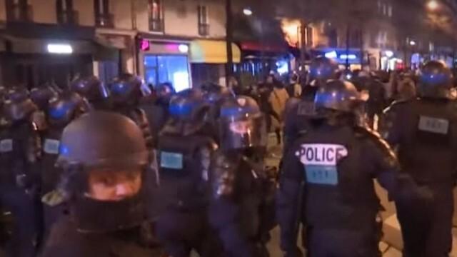 Шокиращо полицейско насилие, временно са отстранени от служба трима участници в него (ВИДЕО)