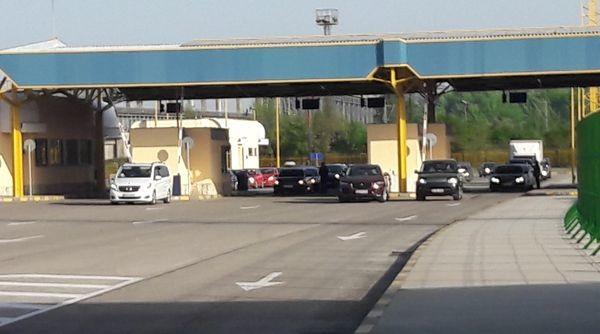 Интензивен трафик на Дунав мост, вижте какво се случва на другите ГКПП