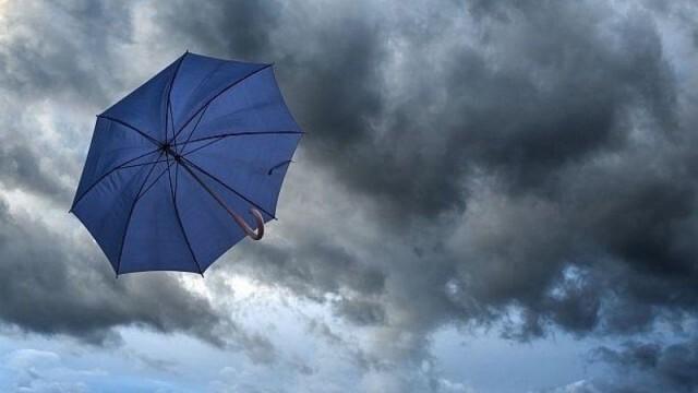 Времето: Облачно с превалявания