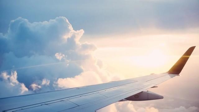 Руска компания отменя полетите си до България до 31 май