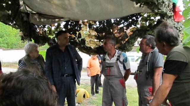 Подмяна на стълбове реши проблема с честите аварии на тока в село Беглеж