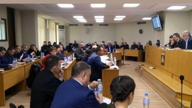 Политическите сили в Плевен се обвиниха взаимно за неприетия бюджет
