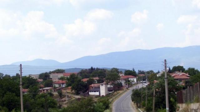 Цяло село под карантина заради избягал от болницата с коронавирус