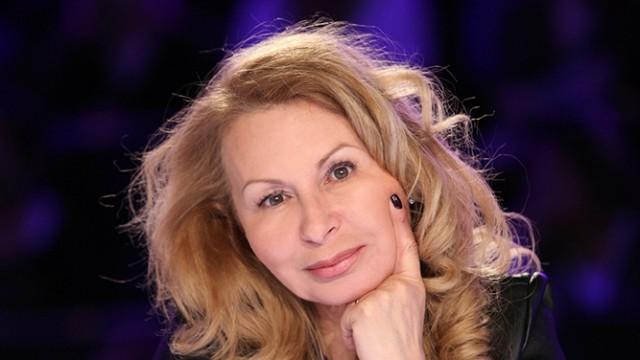 Слави Трифонов уволни Илияна Беновска от