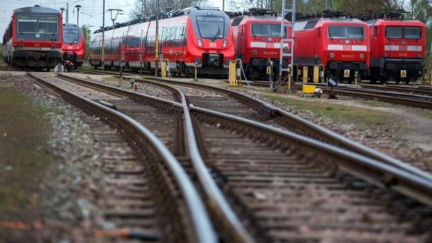 Германия 6 дни без влакове заради стачка