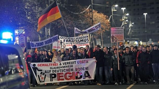 15 000 протестираха в Дрезден срещу ислямизацията на Германия