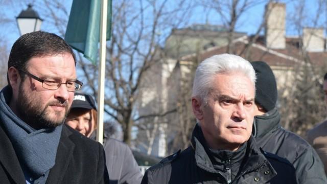 Сидеров обясни от какво се страхува Борисов, ако отстрани Каракачанов