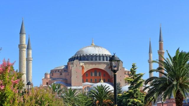 """Ще се превърне ли в джамия храм """"Света София"""" в Истанбул?"""