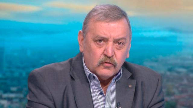 Проф. Кантарджиев: Всеки трети PCR тест е положителен, доста служби и институции не изпълняват задължения си