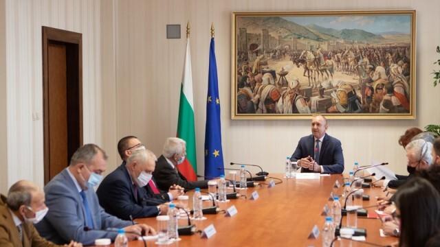 Румен Радев: България очаква от РС Македония политическа воля за изпълнение на критериите за членство в ЕС