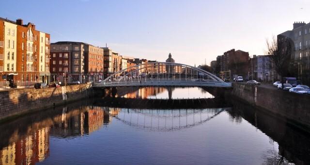 Ирландия изисква отрицателен резултат от РCR тест за коронавирус за влизащите в страната