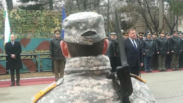 Красимир Каракачанов: Възстановяването на Военновъздушното училище е изправяне на една несправедливост
