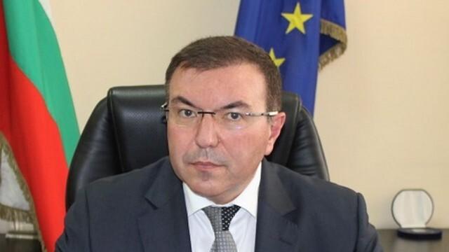 Министър Ангелов: Няма недостиг на медикаменти на национално ниво