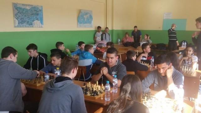 През февруари и март - традиционни Общински ученически игри в Гулянци