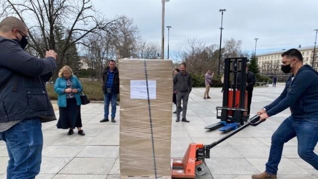 В Русе бяха доставени бюлетините за изборите на 4 април (ВИДЕО)