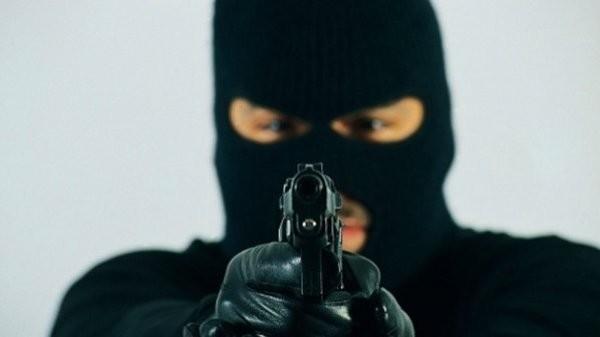 43-годишен си признал за 3 въоръжени грабежа на игрални зали