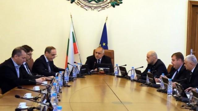 Няма да гоним руски дипломати от България