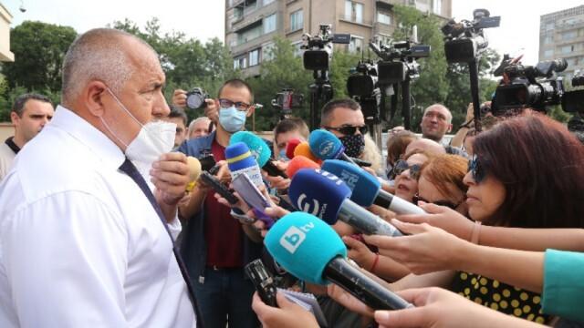Борисов не вижда нищо смущаващо в комуникацията с Бобоков