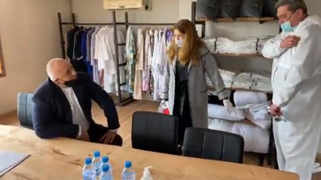Борисов скромно: Спасих българите от миграцията, сега остана и от тази зараза да ги спася (Видео)