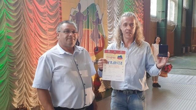"""Връчиха Голямата награда на фолклорния фестивал """"Тройче"""""""