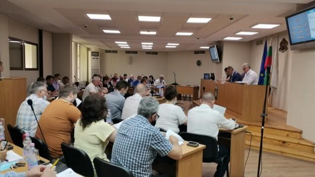 Общинският съвет в Плевен заседава в четвъртък, обсъжда промени в наредбата за преместваеми обекти в общината