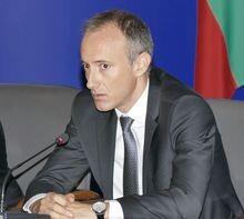 Министър Красимир Вълчев: След 11-и ноември ще настоявам за присъствено обучение