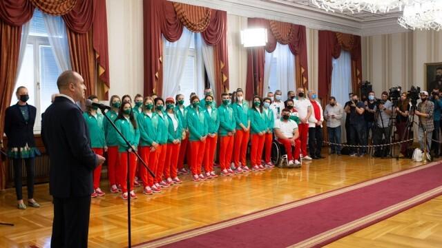 Румен Радев връчи националния флаг на българската олимпийска делегация