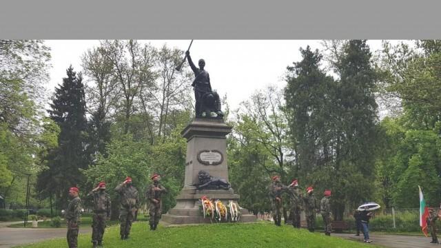 В Плевен бе отбелязан Денят на храбростта и празникът на Българската армия
