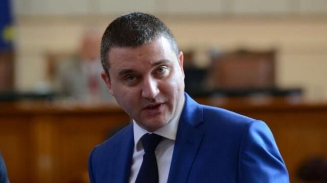 Горанов признава, че Хазартната комисия е утвърдила нищожни правила в полза на Васил Божков