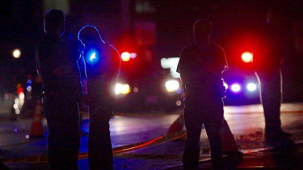 Далас: Двама снайперисти убиха четирима полицаи, раниха 7, има и ранен цивилен