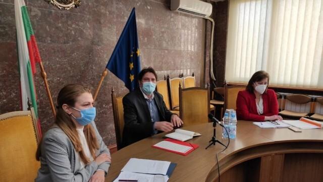 Зам.-министърът на здравеопазването Евгени Григоров участва в работна среща с областния управител на Ловеч