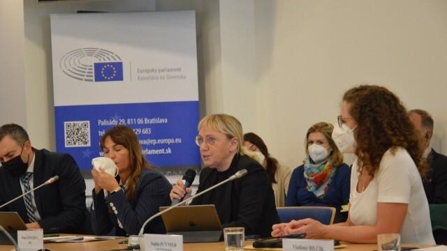 Делегация от Европарламента ще проучва свободата на медиите и състоянието на корупцията у нас