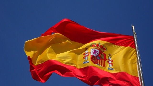 Испания обяви извънредно положение до май догодина