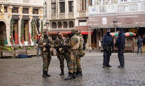 Белгия: Мъж застреля двама полицаи, взе заложничка, ликвидираха го